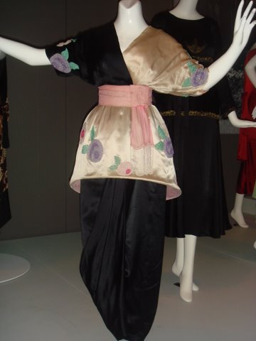 1913 Paul Poiret dress - first couture dress for uncorseted figure
