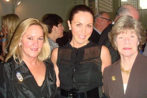 Blog 7 - Event auctioneer Leslie Hindman, Megan Loewe and Marty Higgins