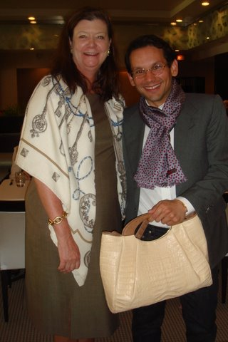 Blog 11 - Francis Elliot and Santiago with the bag he autographed for