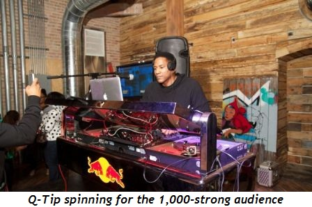 4 - Q-Tip spinning for the 1000-strong audience