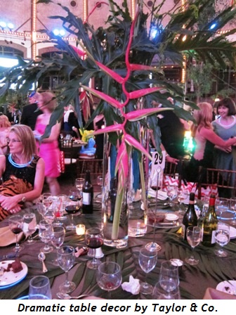 13 - Dramatic table decor by Taylor & Co