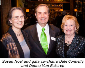 Susan Noel of Chicago with Gala co-chairmen Dale Connelly and Donna Van Eekeren of Flossmoor - Photo Credit David Turner Photography