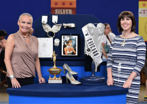 With Antiques Roadshow appraiser Laura Woolley (The Collector's Lab)