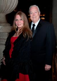 Donna LaPietra and Bill Kurtis