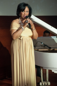Singer Elizabeth Norman-Sojourner