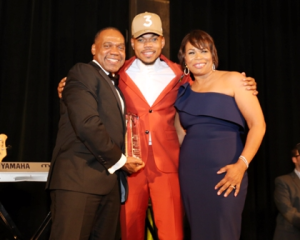 Chance the Rapper receives Trail Blazer Award from his parents, Lisa and Ken Bennett