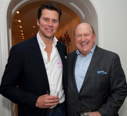 Hayes MacArthur with columnist Bill Zwecker