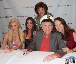 Crystal Hefner, Tiffany Taylor, Dolores Del Monte, Hef and Liz Glazowski at a Glamourcon in 2010