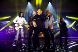 Earth, Wind & Fire performing at Gateway to OZ