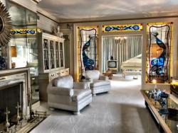 Elegant living room at Graceland.