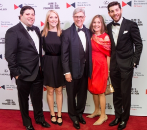 Rich Melman, Lifetime Achievement Honoree, with his family.