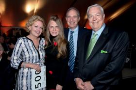 Patricia Hunt, Donna LaPietra (host), Scott Lang and Bill Kurtis (host)