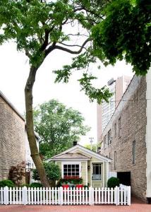 David Hawkanson's charming, popular home--every magazine wants to shoot it!