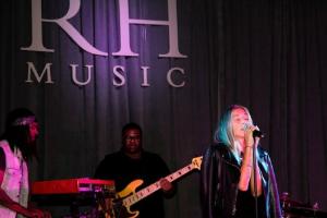 Edie performs