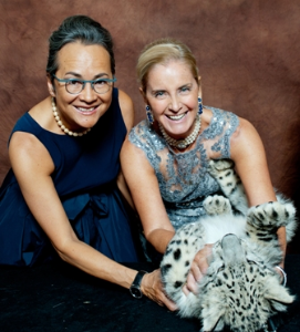 Manuela Hung and Reute Butle with endangered snow leopard