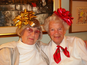 Jean Jordan (R) and her friend Kay Mann
