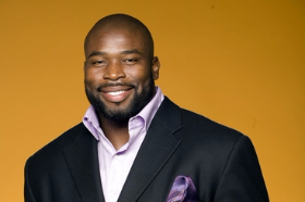 Israel Idonije--2016 Girls in the Game honoree