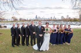 The wedding party with skyline!