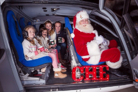 Up, up and away with SANTA in a Chicago Helicopter Experience!