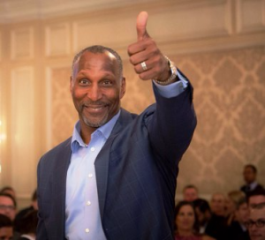 Otis Wilson of the '85 Chicago Bears shows support for Christopher House