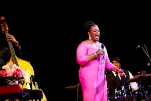 Jazz legend Dianne Reeves