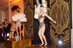 """Models welcomed guests to """"La Coupole"""""""
