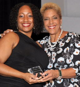 21st Century Award honoree Amina Gautier, Chicago Public Library Board of Directors President Linda Johnson Rice