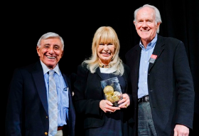 Mash Alums Jamie Farr (left) and Mike Farrell (right) presented the Betty White Inspirational Award to Loretta Swit (center)