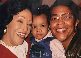 Merri Dee with her granddaughter Marissa Monet and daughter Toya Monet (R) in the 1990s during her History Makers honor