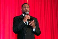Singer Roderick Dixon