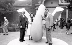 #Howard Morgan of Citicorp, Marion and zoo director Dr. Lester E. Fisher at the dedication of the Sunform sculpture.