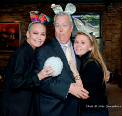 With newlywed/Through the Decades host Bill Kurtis and his Donna (photo by Mila Samokhina).