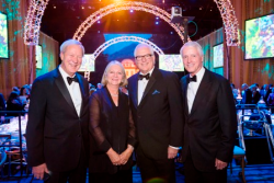 Bill and Cathy Osborn, Miles White, Rick Waddell (Photo by Todd Rosenberg)
