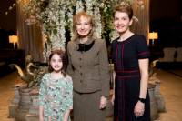 Ellie Glick, Dr. Rosaly Lopes, Laura Glick