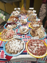 I never knew there was such a variety of funnel cakes!