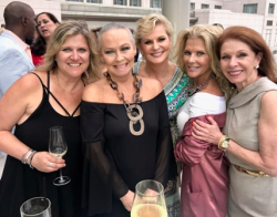With Amy Carr, Kathy Piccone, Sherry Holson and Sheryl Dyer.