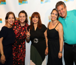 Co-chairs Maureen and Marc Schulman with daughters Kori, Elana and Haley, all Happiness Club alumni