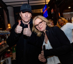 John Cusack and Bonnie Hunt