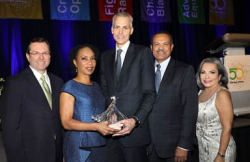 Chicago United's CEO/Pres. Gloria Castillo presents inaugural Bridge Compass Awards