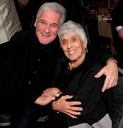 MIC Gala Dushkin Award winner Pinchas Zukerman with Joan Harris
