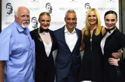 Mayor Rahm Emanuel with Amy Giordano, Alderman Patrick O'Connor, Lauren Giordano Curran and Nicole Belanger