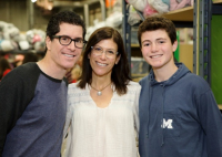 Andy Friedman (L) (founder of Amplify Snack brands which is home to Skinny Pop, Tyrell's, Paqui chips, etc.), and his family rolled up their sleeves to help Chicago's children in need