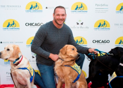 Haute Dog Chicago 2017 event with Hall of Famer Brian Urlacher