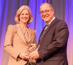 Daniel L. Goodwin Watchdog Award honoree Christie Hefner and BGA CEO David Greising