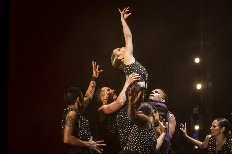 Ensemble Español Spanish Dance Theater Photo by Todd Rosenberg