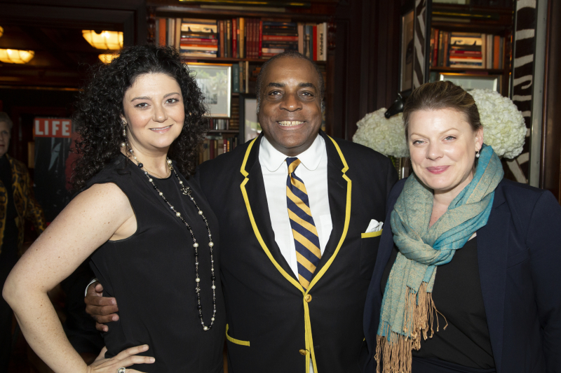 Co-chairs Paula Borg and Margaret Wenzel with Jeffrey Banks.