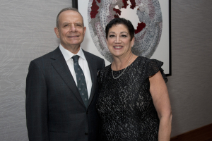 Honoree and trustee Randy and his wife Hadrian Markowitz