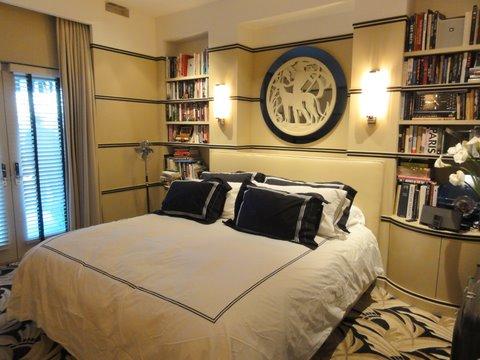 Handbags and Halos 2010: Stanley\'s dramatic Art Deco bedroom